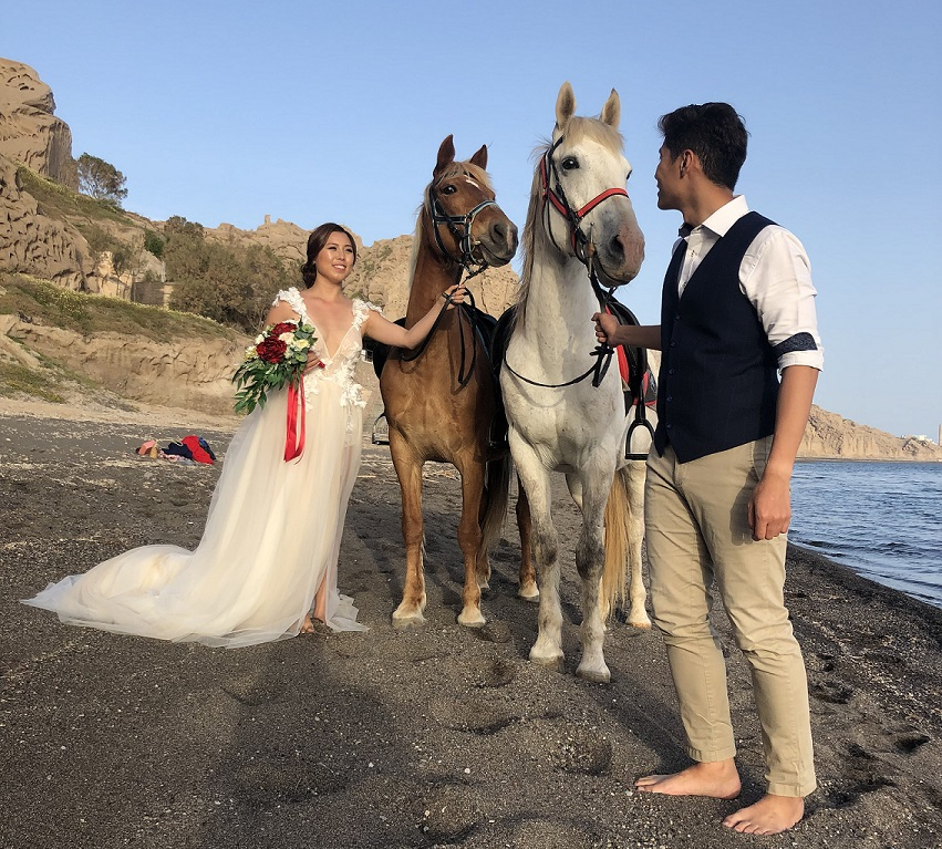 Private Horse Riding Tours in Santorini